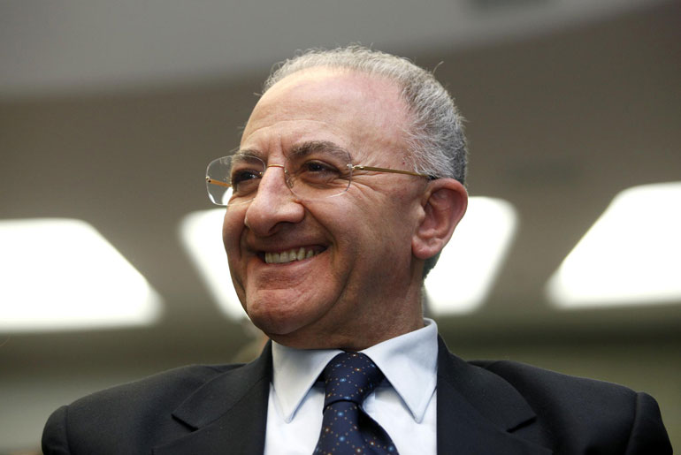 Vincenzo De Luca nominato commissario della Sanità