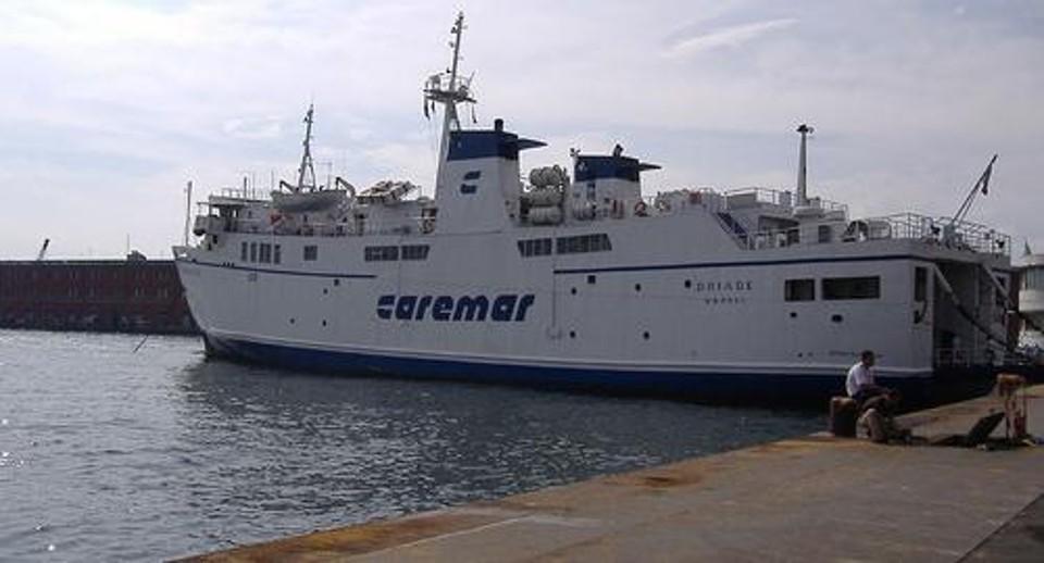 Caremar-2-5