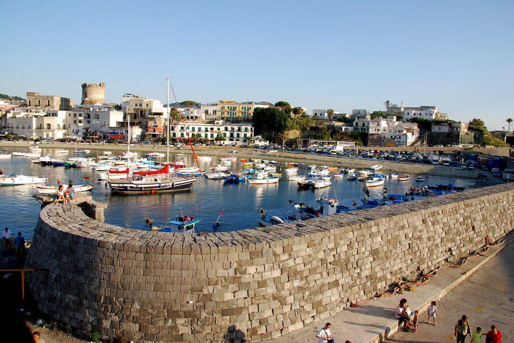 Porto di Forio. Foto Gerardo Calise