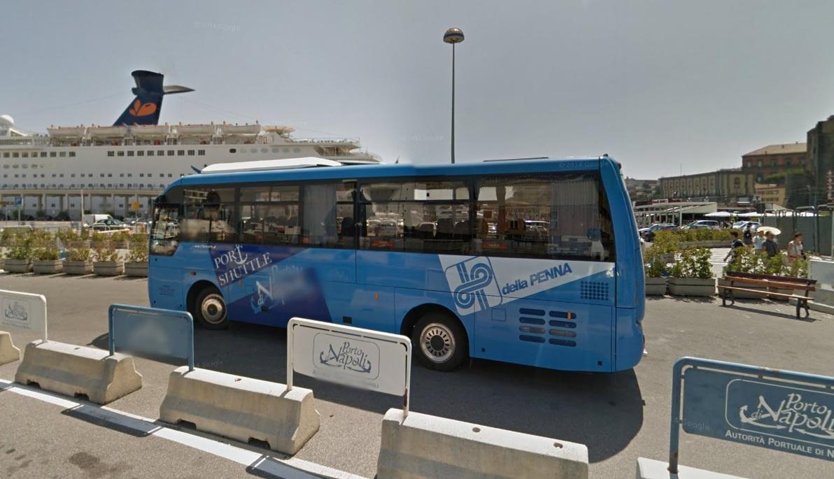 Stop al bus navetta calata di massa molo beverello da - Porta di massa napoli ...
