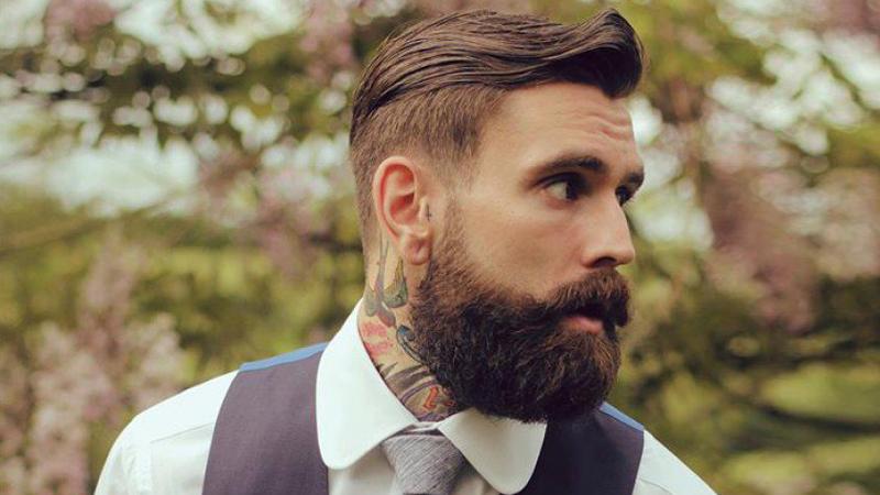 Tagli di capelli con barba