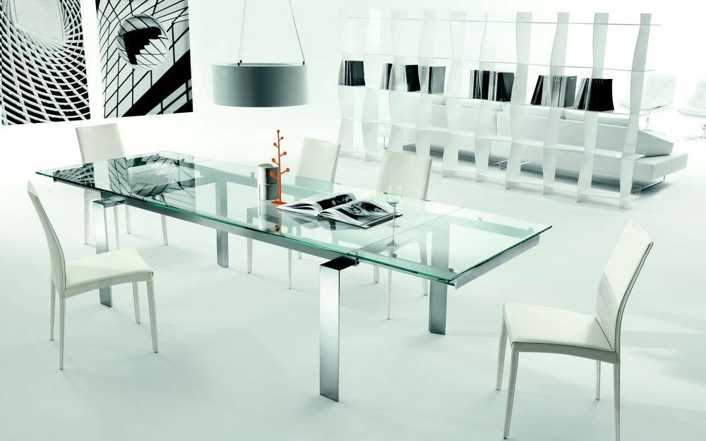 Centrino Per Tavolo Moderno.Come Sfruttare Un Tavolo In Cristallo Per L Arredamento Di Casa